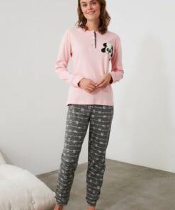 TRENDYOLMİLLA Pembe Nakışlı Örme Pijama Takımı THMAW21PT0641