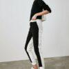 TRENDYOLMİLLA Siyah Renk Bloklu Basic Jogger Örme Eşofman Altı TWOAW20EA0160