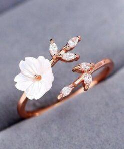 LOTUS GÜMÜŞ Beyaz Manolya Çiçeği 14k Rose Altın Kaplama Kadın Yüzük