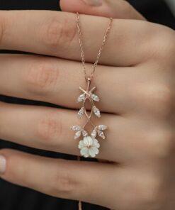 Nereze 925 Ayar Manolya Çiçeği Kolye Kadın Gümüş Kolye